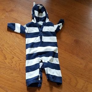 Old Navy One Pieces - Old Navy hooded sweater outfit